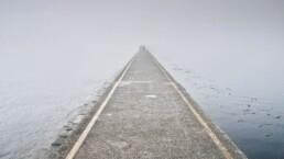 Depression bei Nahestehenden erkennen - Straße ins Nichts